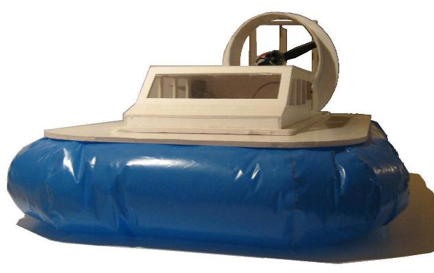 fertiges Hovercraft-Modell